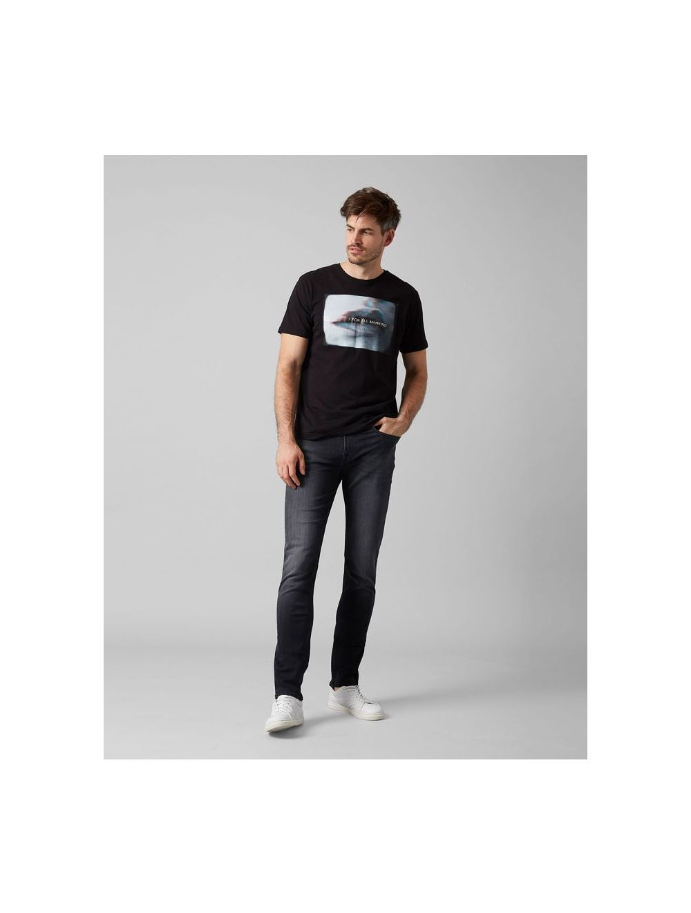Seven For All Mankind Slimmy Tapered Washed Black